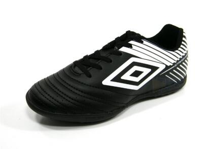 Chuteira Umbro STRIKER 5 Society preto